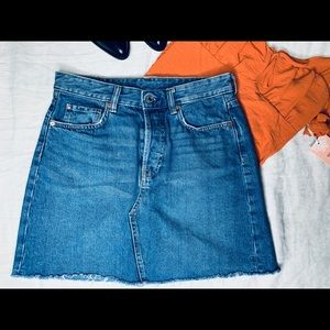 Vintage High waisted denim skirt.